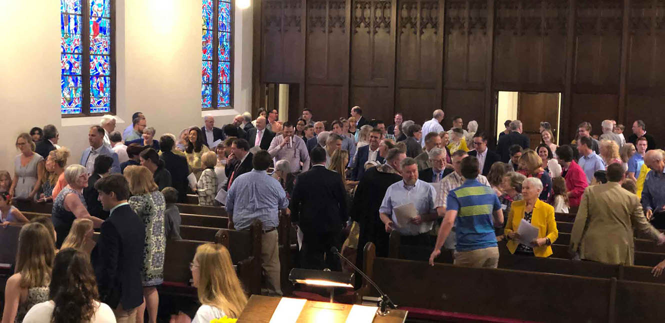 A welcoming church in St. Louis at First Congregational church where members reach out to all